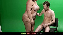 He cheats wi th BBW in the video studio