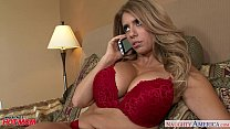 Blonde mom M ia Ryder gets trimmed quim nailed