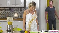 Screenshot Step Mom Les sons - A Real Mess  starring  Ivana...