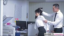 Screenshot Office Obses sion - The Secretary  starring  Rin...