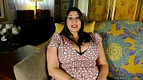 Screenshot Beautiful bu sty BBW brunette talks dirty and fu...