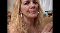 Super sexy s lim older spunker loves to suck and fuck