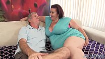 Screenshot Fat 'n& #039; stacked Lady Lynn gets her pussy drilled