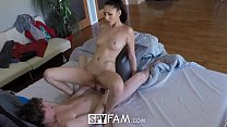 Screenshot SpyFam Step  sister Ariana Marie gets curious ab...