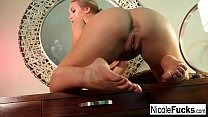 Screenshot Sexy Nicole  makes herself cum all over her desk