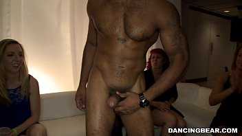thumb Upscale Party With Horny Wives