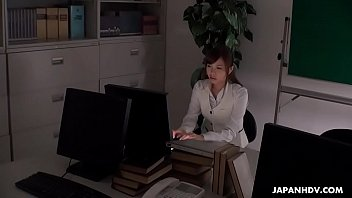 cover video Japanese Office Lady Aihara Miho Is Masturbating At Work Uncensored
