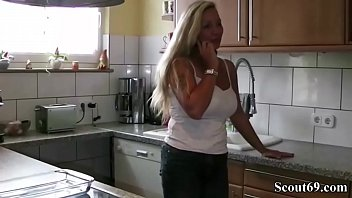 thumb German Mom Call The Boyfriend Of Daughter To Fuck Her