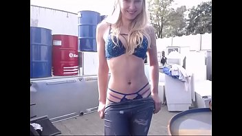 cover video Strip And Giant Ass For Free Carparts Find Me On Siswet19 This Is My Personal Chatroom