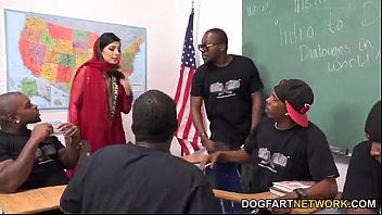 thumb Nadia Ali Learns To Handle A Bunch Of Black Coc