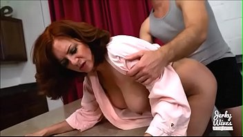 cover video Andi James Makes Sweet Sexy Time With Her Step Son