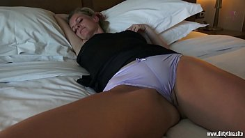 cover video Horny Fuck With Sleeping Mom