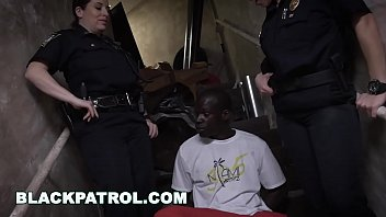thumb Black Patrol Illegal Street Racers Get Busted By White Milf Cops