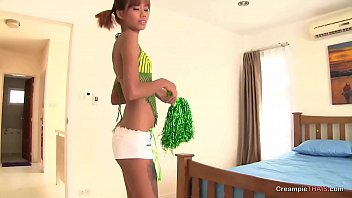 cover video Nice Teen Thai For A Sex Tourist 039 S Creampie