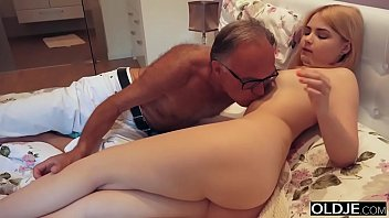 thumb 18 Yo Girl Kissing And Fucks Her Step Dad In Hi