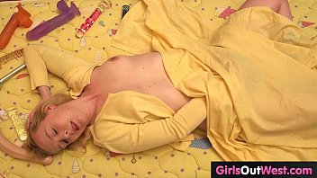 thumb Girls Out West Cute Blondie Toys Her Hairy Gash