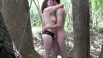 thumb Young Couple Having Sex In A Forest More Vide
