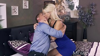 thumb Mom Romancing A Perfect Blonde Milf