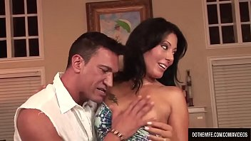 cover video Housewife Zoey Holloway Screws A Porn Stud Righ