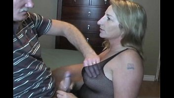 cover video Mature Woman Do Blowjob