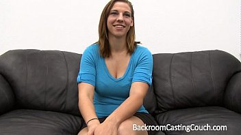 thumb Fit Gamer Babe Anal Casting