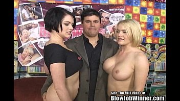thumb Cassidy Lynn And Sister Suck Fan 039 S Cock