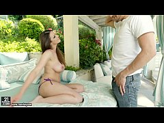 thumb step mom s hot friend brooklyn chase
