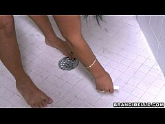 thumb glory hole in the shower   brandi belle