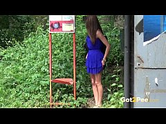 thumb got2pee   peeing women compilation 003