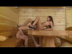 thumb dominafist    serving her in the sauna