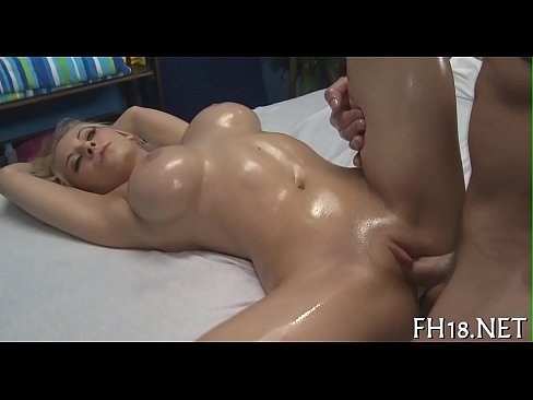 xxx sex massage At first the girl in this first-rate HD sex video checked the messages on her phone  during her private massage session, but after a sexy ass massage she forgot.