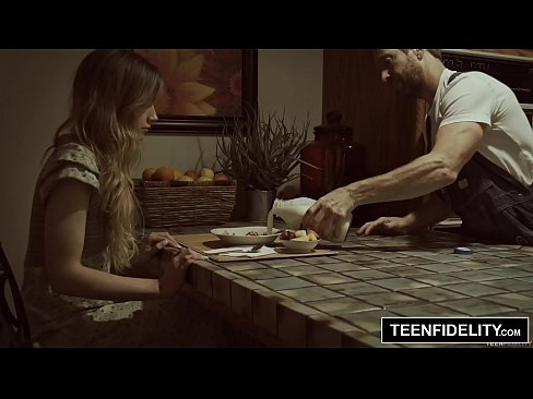 cover video teenfidelity ivy wolfe birthday creampie