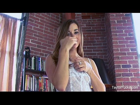 cover video taylor vixen sexy white lingerie