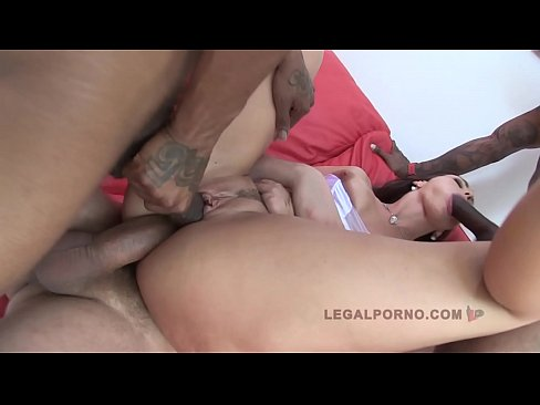 cover video simone peach  3 on 1 airtight porn   her big ass gets stuffed to capacity
